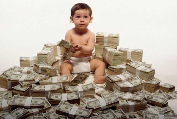 Тинькофф кредит со скольки лет дают кредит. Со скольки лет можно обращаться за кредитом в банк Тинькофф, и на каких условиях дают займ?